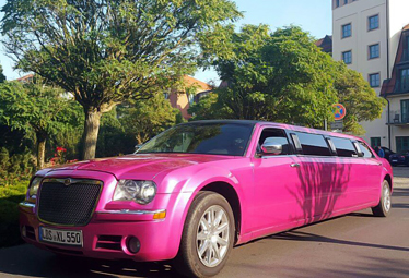 Chrysler Stretchlimousine [PINK] in Berlin mieten - Limostrip.com
