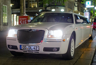 Stretchlimo Hamburg - Chrysler 300c Stretchlimousine