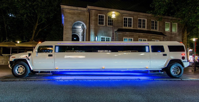 hummer h2 stretchlimousine weiss in hamburg mieten. Black Bedroom Furniture Sets. Home Design Ideas